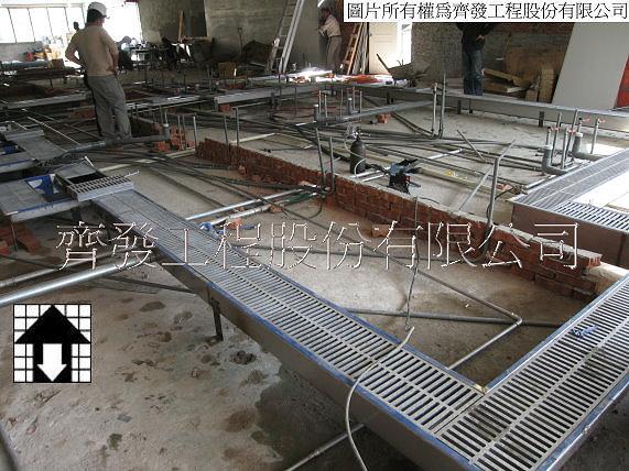 蒸汽回转锅用不锈钢集水沟   厨房不锈钢排水沟-施工中   大型美食
